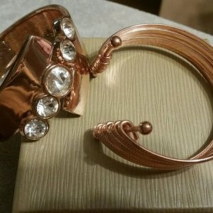 Jewelry - Set of two Copper/Rose Gold Bangle Bracelets